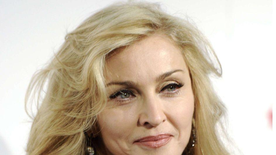 Madonna ridiculise Lady Gaga sur scène ! (Vidéo)