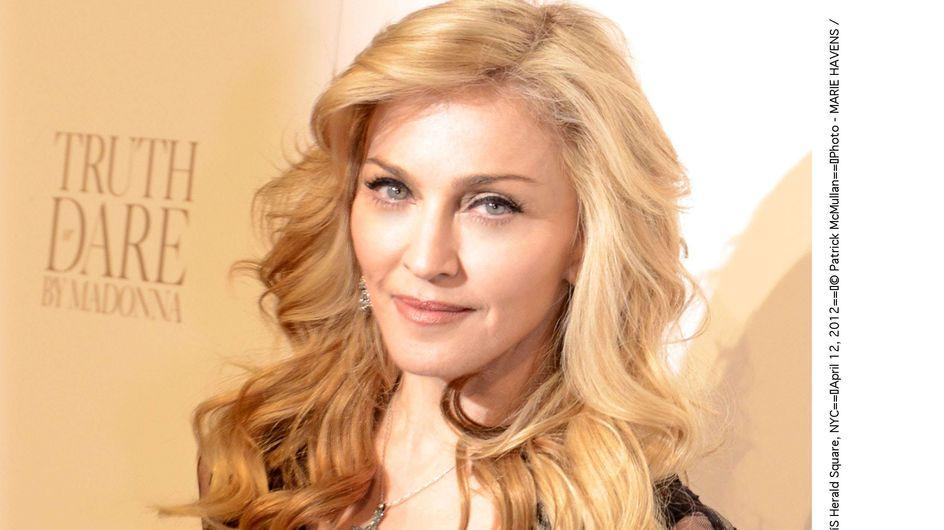 Madonna : Marine Le Pen et croix gammée pendant son concert (Vidéo)