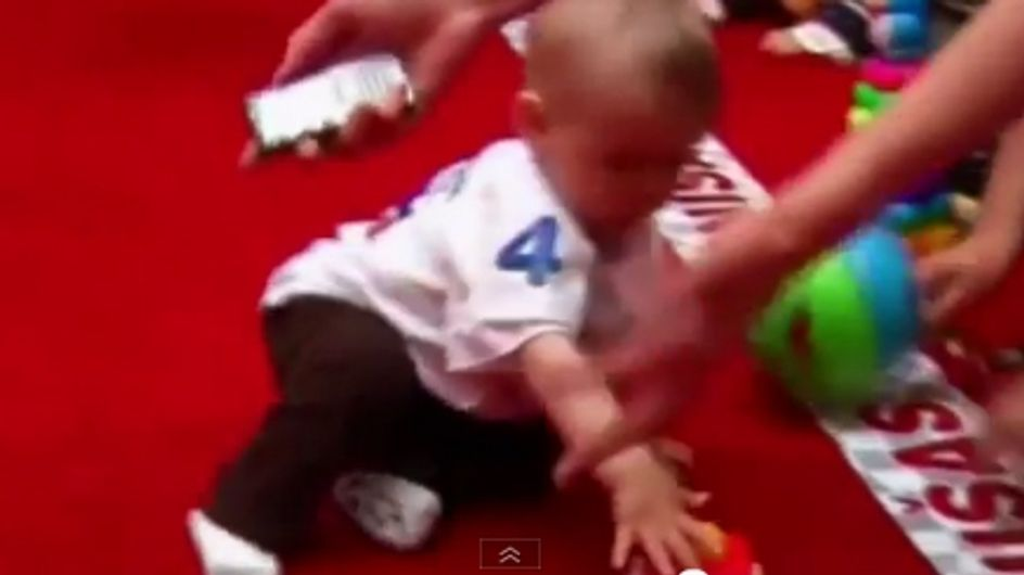 Après les escargots, découvrez la course de bébés ! (Vidéo)