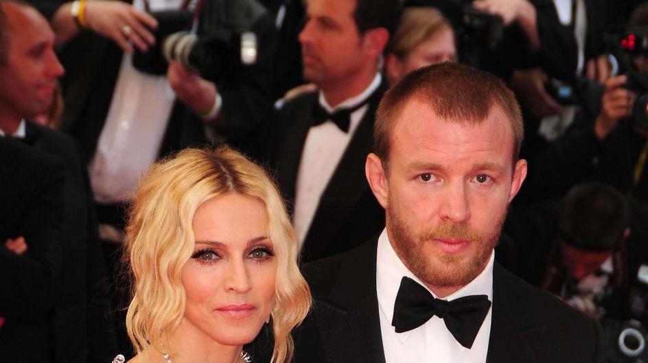 Madonna : Elle retire son soutien-gorge lors de son concert ! (Vidéo)