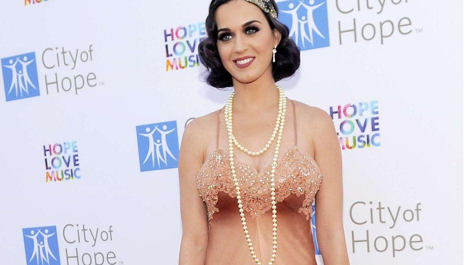 Katy Perry : Son look tellement rétro ! (Photos)