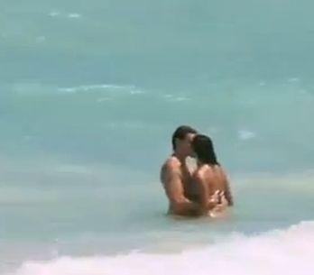 Les Anges de la Télé Réalité : Le premier baiser de Julia et Geoffrey ! (Vidéo)