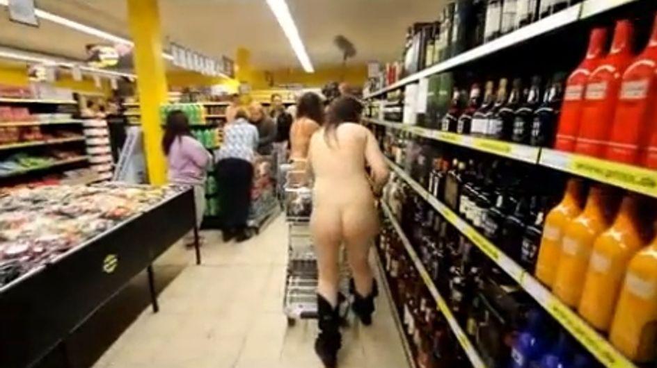 Insolite : Si vous êtes nu, on vous fait une remise ! (Vidéo)