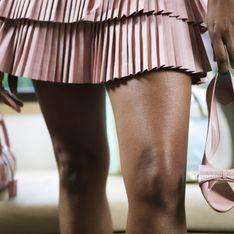 Mini-jupe : Elle fête ses 50 ans !