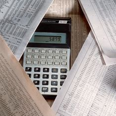 Heures sup, successions, suppressions de postes : Qui va payer la dette ?