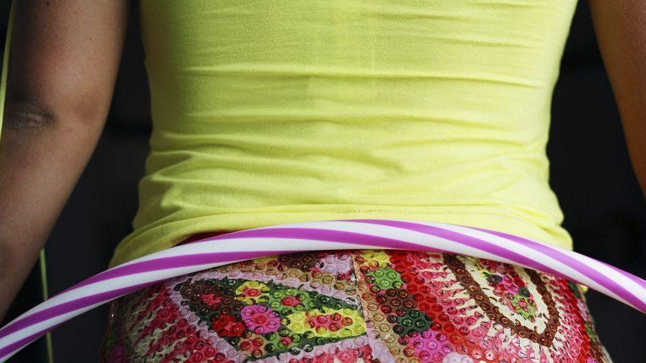 Minceur : Le hula-hoop, le nouveau brûle-graisses !