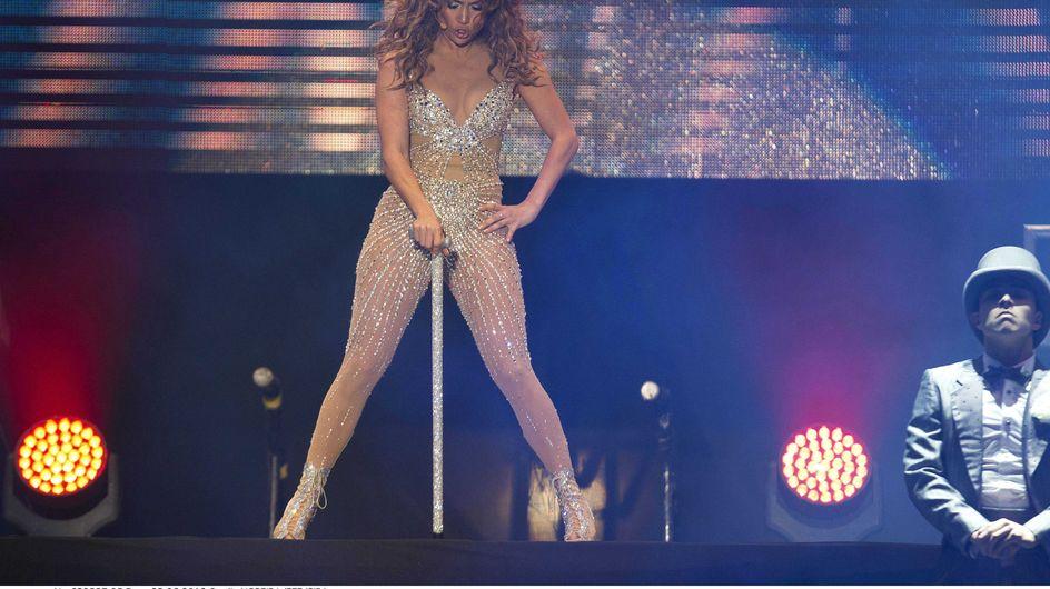 Jennifer Lopez : Presque nue sur scène ! (Photos)