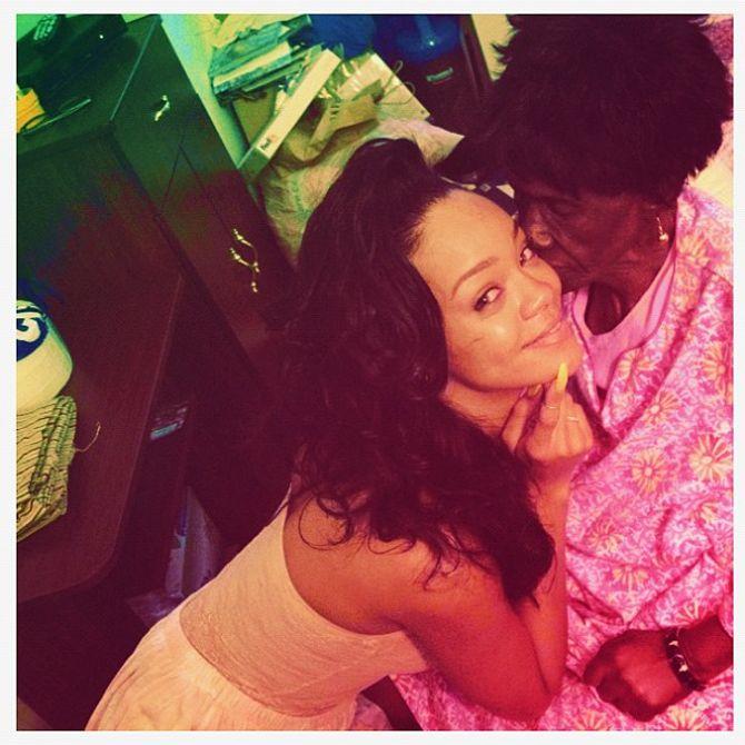 Rihanna, deuil, grand -mère