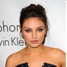 Mila Kunis : En tête du box-office avec Ted (Vidéo)