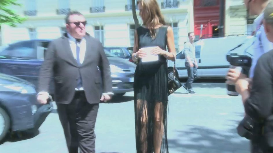 Fashion Week : Street Style devant le défilé Dior