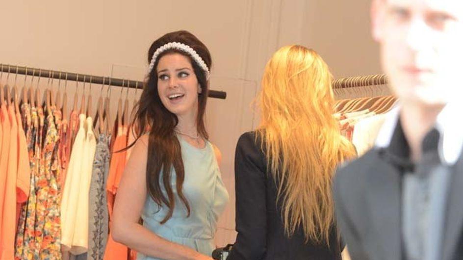 Lana Del Rey : Complètement fan de Sandro ! (Photos)