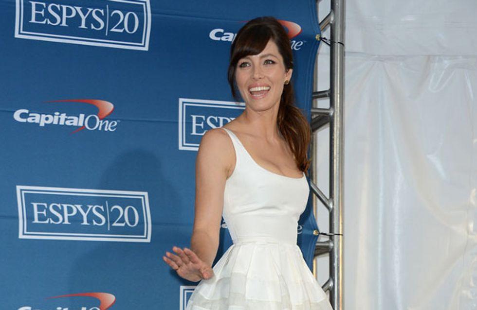 Zooey Deschanel : Sublime dans une robe scintillante