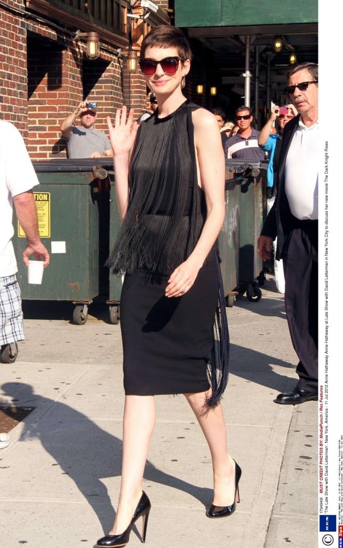 Anne Hathaway robe années 20