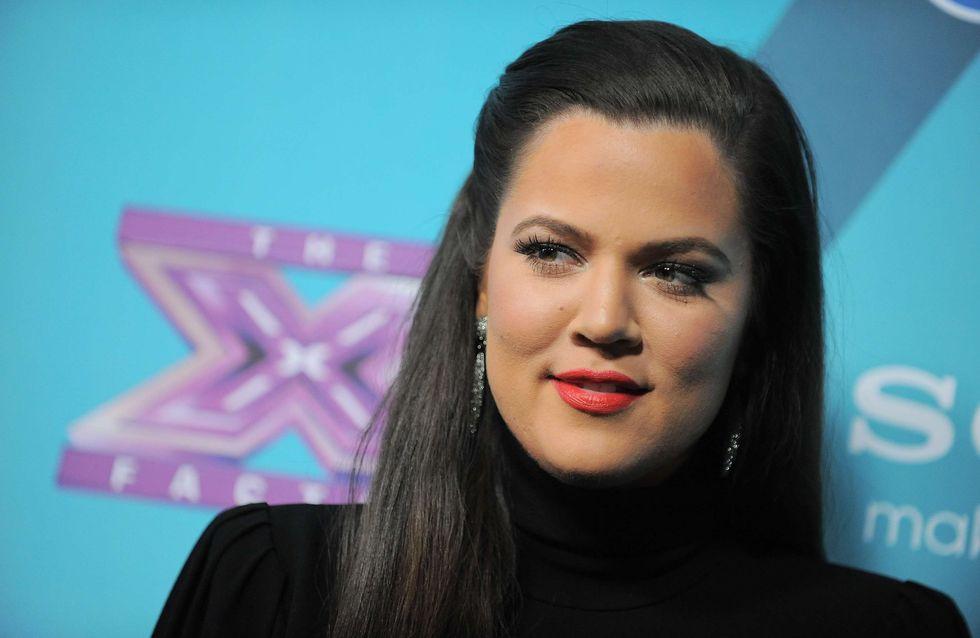 Khloé Kardashian : Elle récupère les vieilles affaires de Kim (Photos et Vidéo)