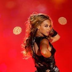 Super Bowl : Le look très sexy de Beyoncé ! (Photos)