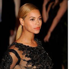 Beyoncé : Trop mince pour sa tenue du Super Bowl