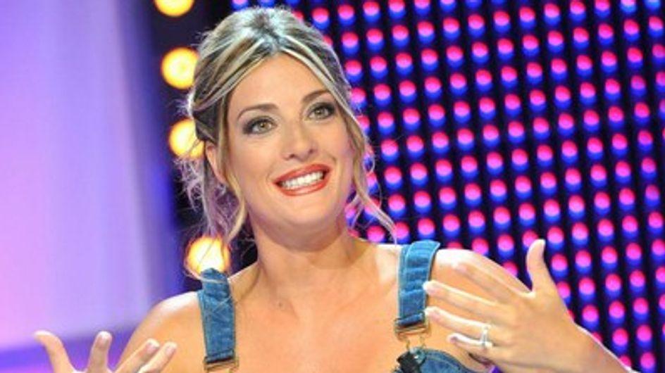 Eve Angeli : Lâché de téton dans Splash ! (Vidéo)