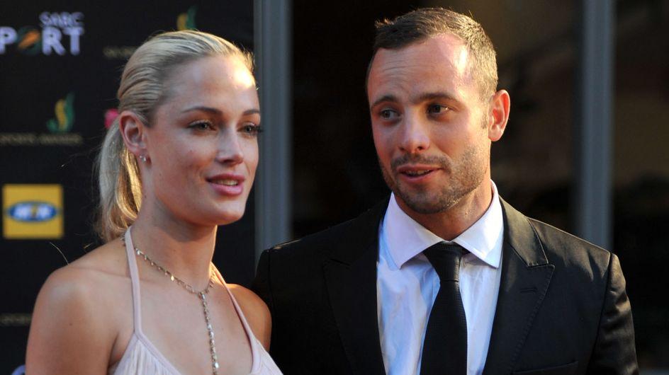 L'athlète Oscar Pistorius abat sa petite-amie, le mannequin Reeva Steenkamp, par erreur
