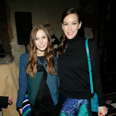Elizabeth Olsen et Liv Tyler : Lookées en bleu chez Proenza Schouler