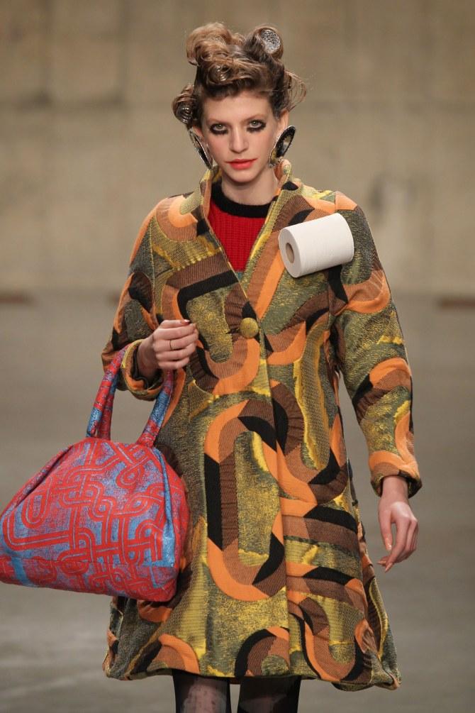 Louise Gray, Fashion Week, Londres, papier toilette