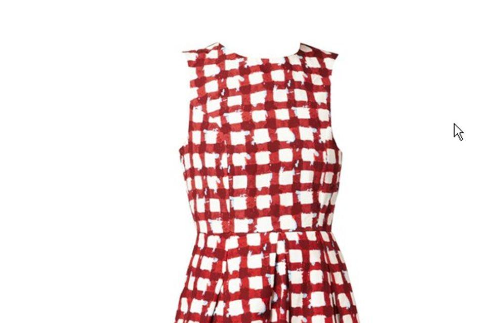 Michelle Obama : Sa fameuse robe rééditée par Asos pour 64 euros (Photos)