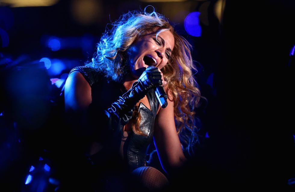 Beyoncé : Elle se fait faire des baskets en serpent, crocodile, autruche et poulain (Photos)