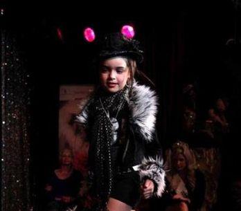 Hypersexualisation : Jouanno veut faire interdire les concours de Mini-Miss