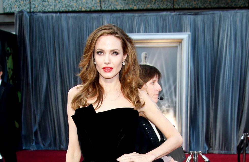 Angelina Jolie : Présente au mariage de Jennifer Aniston ?