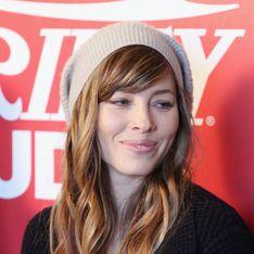 Jessica Biel fait la grève des toilettes (Vidéo)