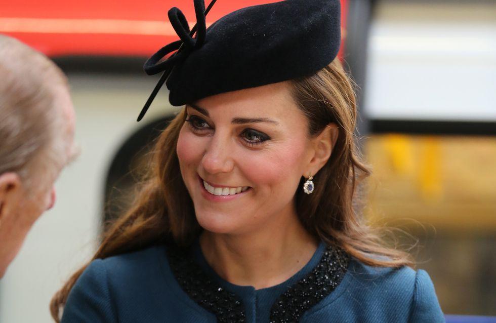 Kate Middleton dans le métro ! (Photo)