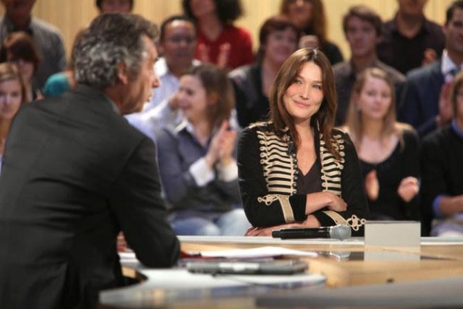 Carla Bruni-Sarkozy dans Le Grand Journal