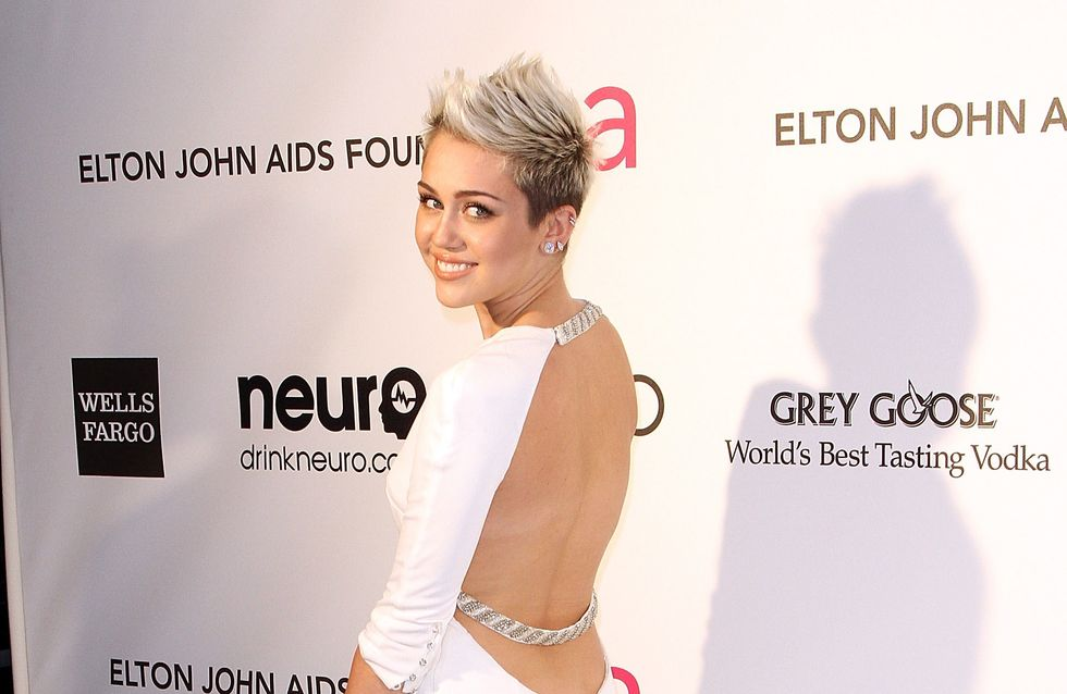 Miley Cyrus : Seule, sans bague et avec un joint !