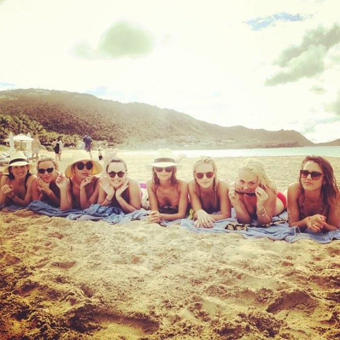 Nicole Richie, Jessica Alba et leurs copines sous le soleil de St Barth