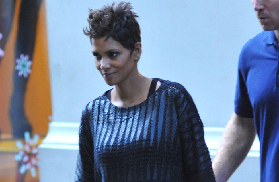 Le look affreux et sans forme de Halle Berry