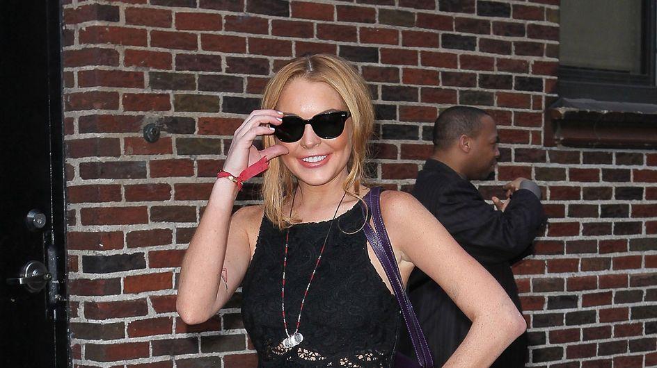 Lindsay Lohan : Plus courte la jupe, ça devient une ceinture !