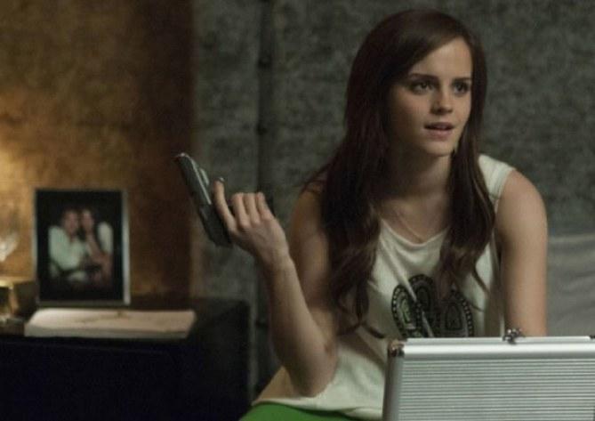 Emma Watson joue les bad girls