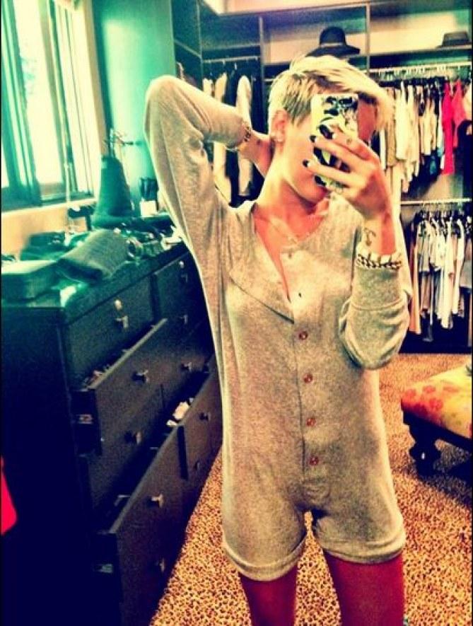 Miley Cyrus en grenouillère Chanel