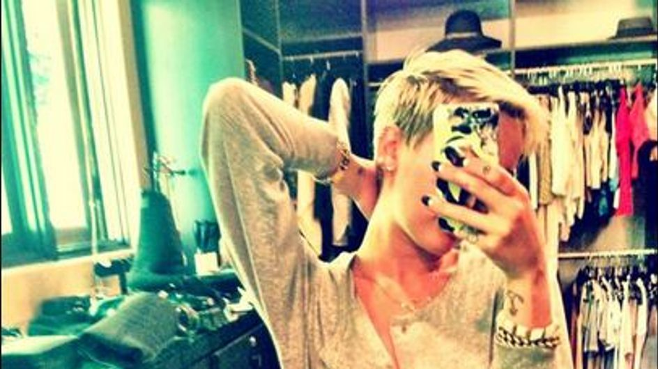 Miley Cyrus ose la grenouillère Chanel (Photos)