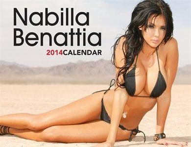 Le calendrier de Nabilla 2014