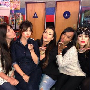 Kim Kardashian, Kourtney Kardashian et leurs amies