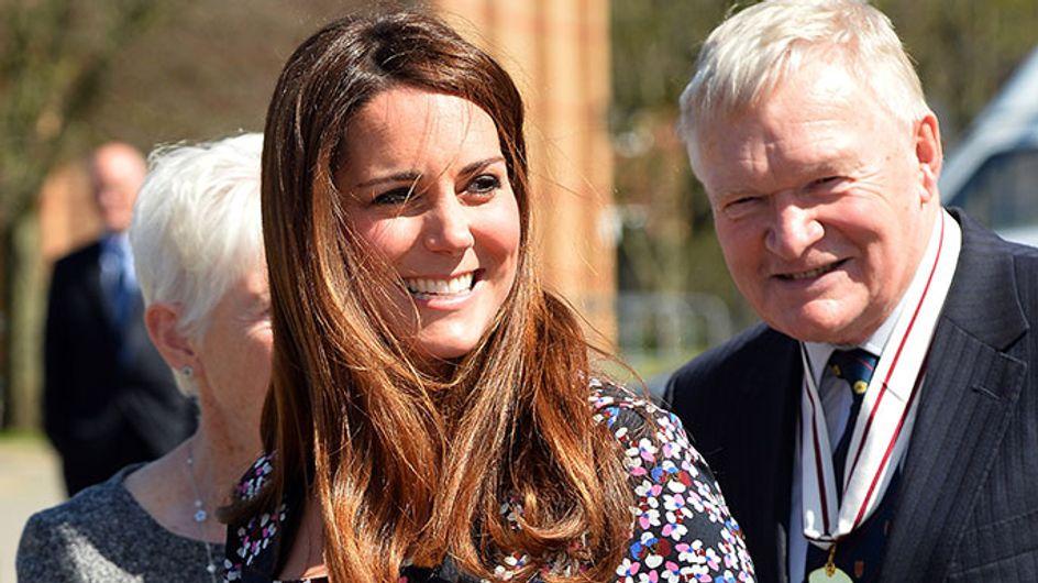 "Kate Middleton's modest baby bump gets compared to ""huge"" Kim Kardashian"