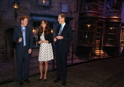 Kate Middleton en compagnie des Princes William et Harry