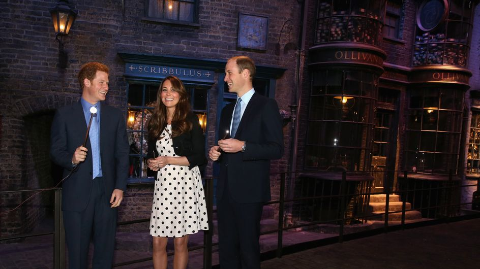 Kate Middleton : En robe Topshop, blanche et noire à petits pois