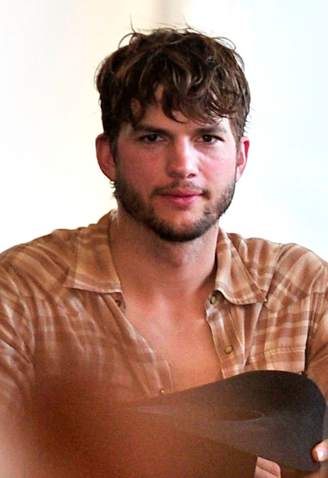 Ashton Kutcher au Festival de musique country Stagecoach