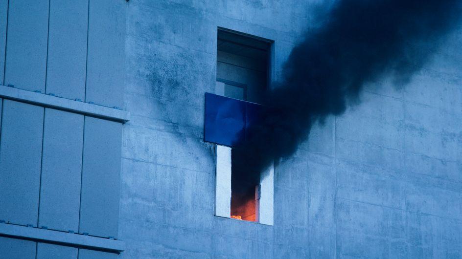 Insolite : Il met le feu à son appartement pour faire partir ses invités