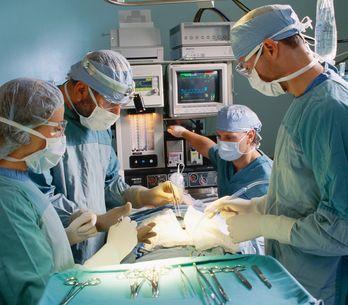 Cancer : Ablation d'une tumeur au rein par le nombril à Lyon