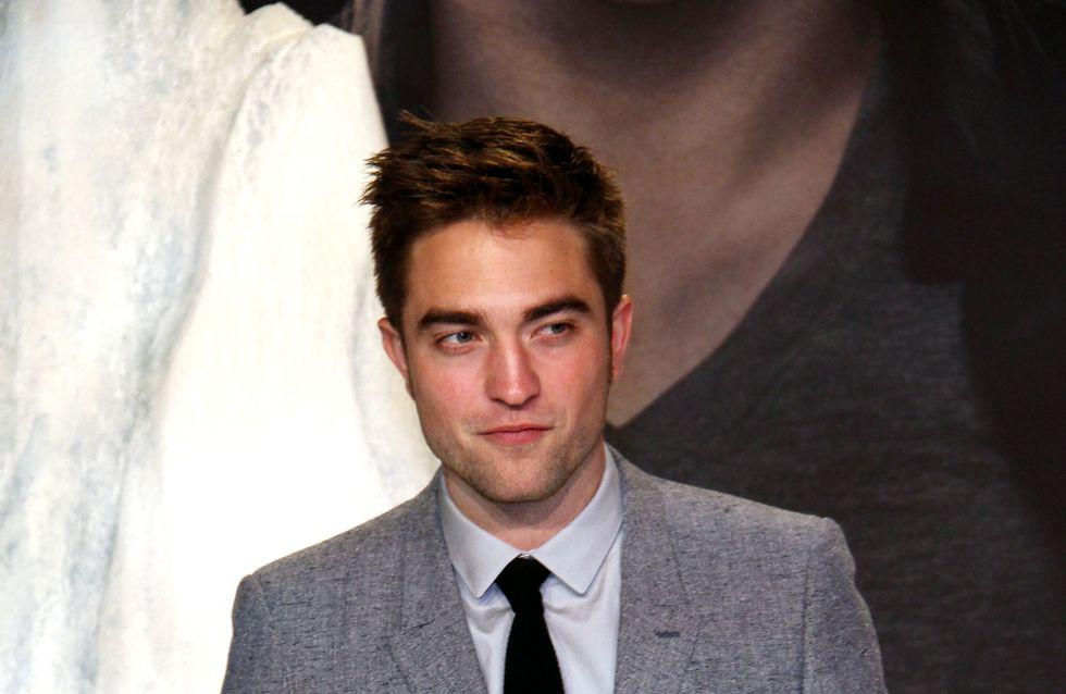 Robert Pattinson : La mère de Kristen Stewart le rend fou