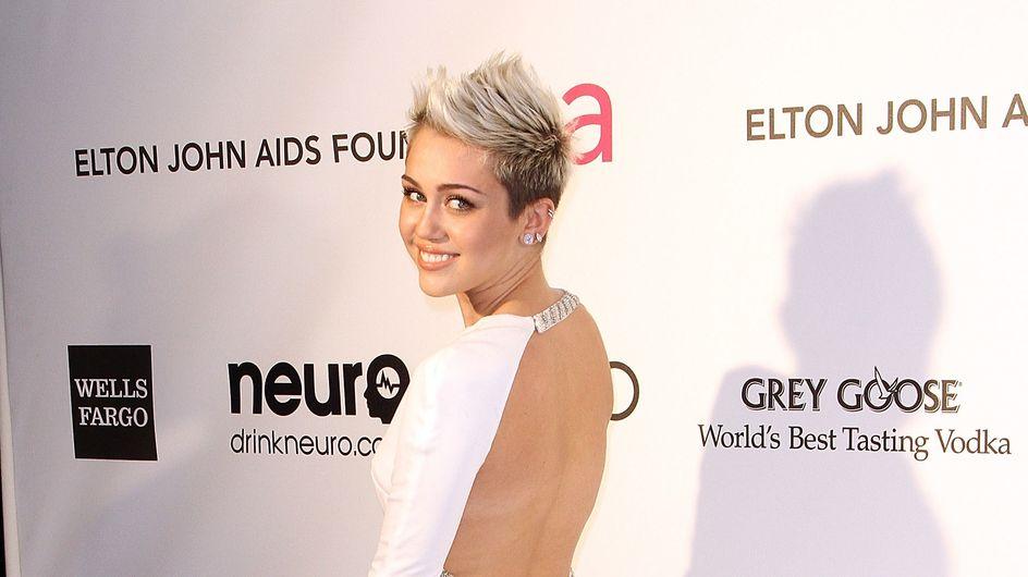 Miley Cyrus : Elue femme la plus sexy par Maxim (photo)