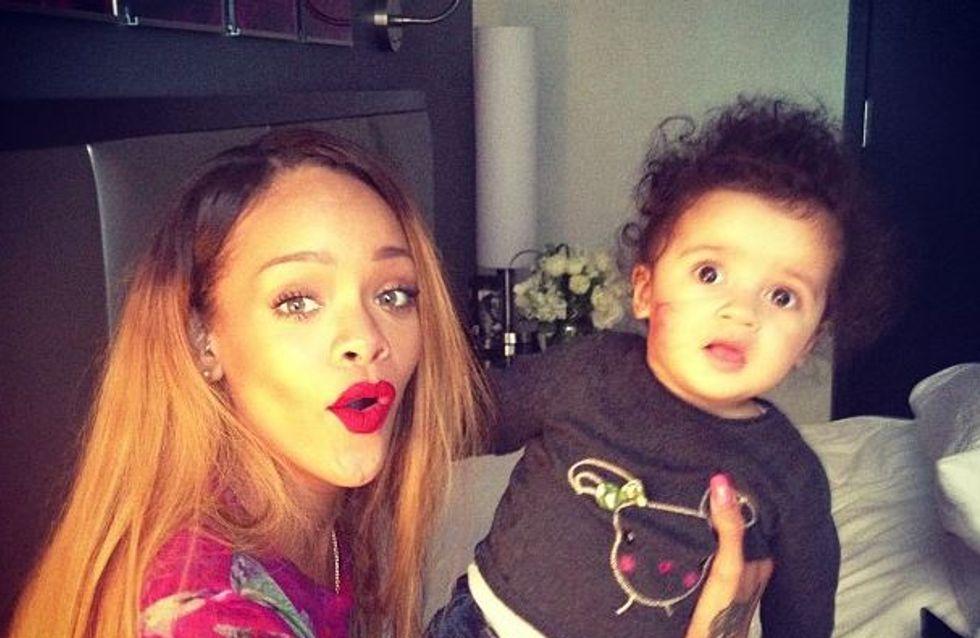 Rihanna : Elle change de tête ! (Photos)