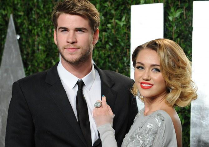 Miley Cyrus les cheveux longs